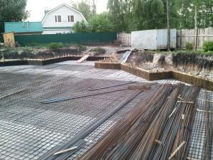 Ведутся работы по армированию фундаментной плиты | Строительство мечети на ул. Р. Люксембург, 33