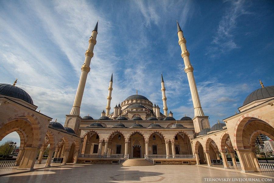 мечеть сердце чечни в грозном фото
