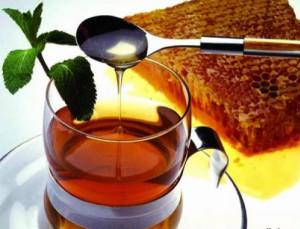 Пить мед лучше натощак