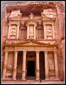 zagadki-drevnosti-spryatannyj-v-skalax-gorod-petra-iordaniya (7)