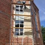 Начаты работы по оштукатуриванию внешних стен мечети