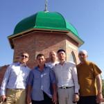 Установили главный купол мечети