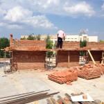 Ведутся работы по кладке стен минаретов и основания под крышу