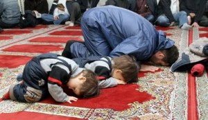 Приучение ребенка к молитве