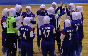 Футбол в хиджабах