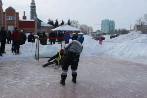 Региональный турнир по хоккею с мячом в валенках